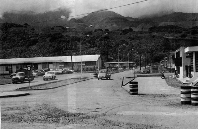 [Campagnes] Souvenirs de mon arrivée au camp d'Arué à Tahiti - Page 2 Arue_f11