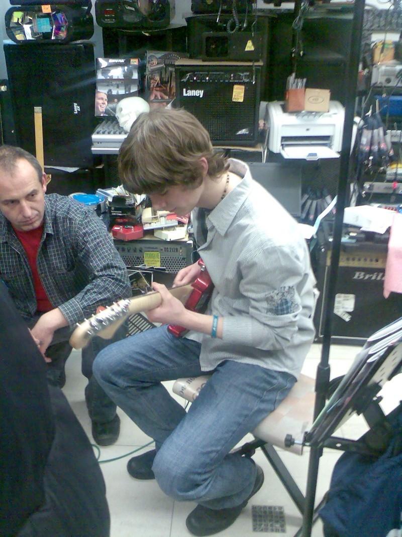 Electro-guitar & Prime Happy Birthday Party 00410
