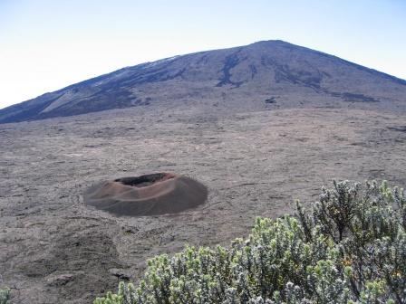 Le piton de la Fournaise sur l'île de la Réunion Indice12