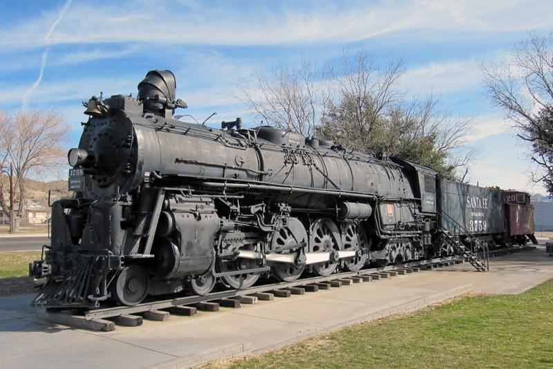 Locomotive a vapeur - Page 2 31732510