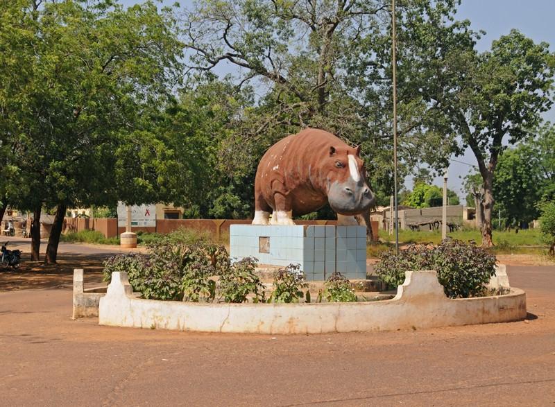 [MALI] - Les monuments sur les ronds-points de Bamako Rond-p10