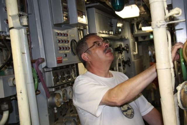 [Les Musées en rapport avec la Marine] Sous-Marin  Flore - Page 11 Img_0313