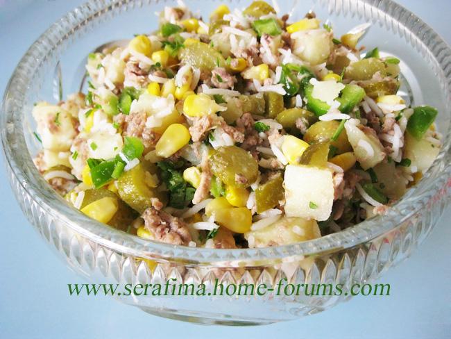 Салат с тунцом, кукурузой и оливками Img_0315