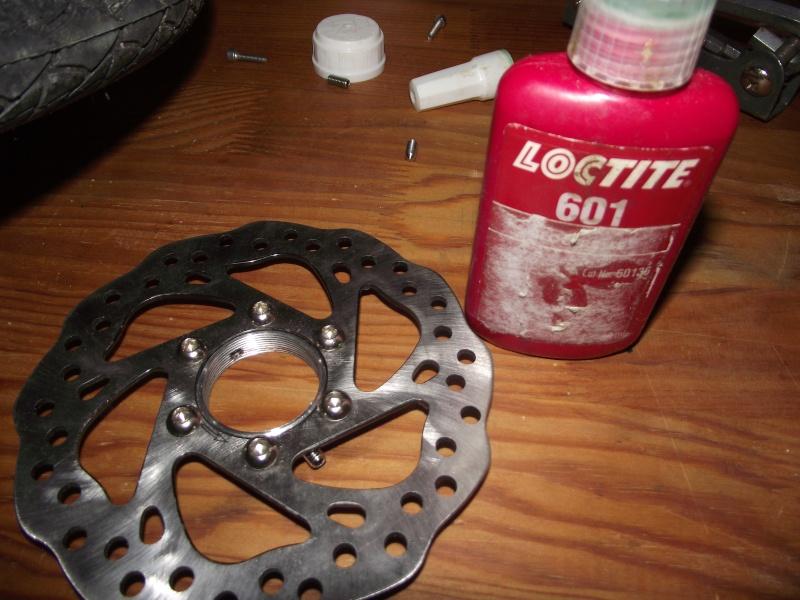 Des roues de trike pas cher et solides pour freins a disque Dscf1913