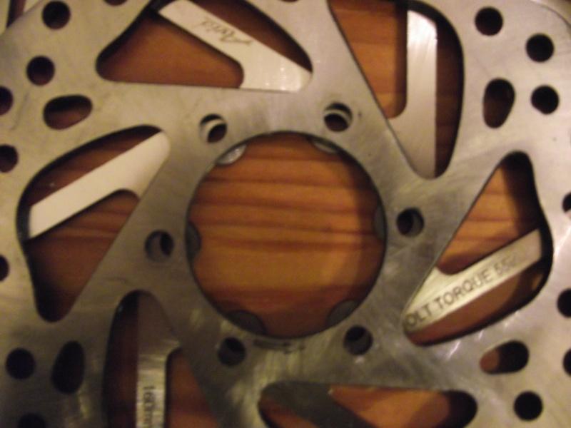 Des roues de trike pas cher et solides pour freins a disque Dscf1916