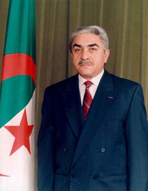 رؤساء صنعوا مجد الجزائر Photoz11
