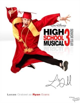 High School Musical 3 : Nos Années Lycée [Disney - 2008] - Page 10 Poster12