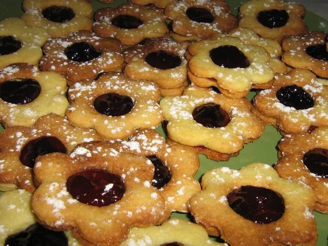 Etoiles à la confiture de Trisquelle Biscui10
