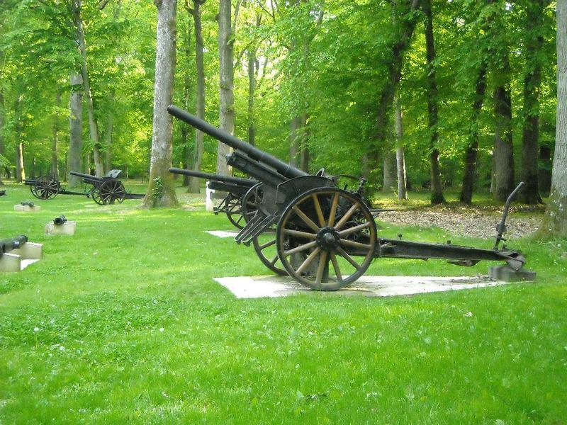 A la découverte des mémoriaux et cimetières militaires - Page 3 Bois_b15
