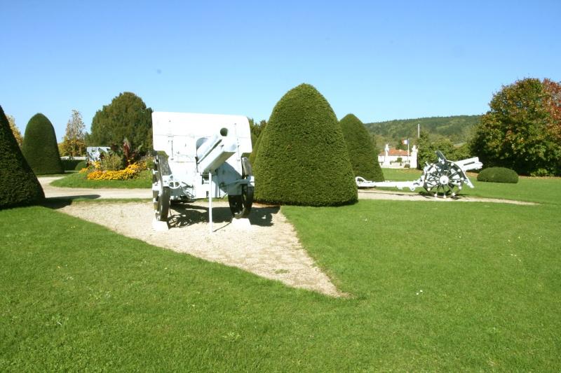 A la découverte des mémoriaux et cimetières militaires - Page 3 Nn-fp410