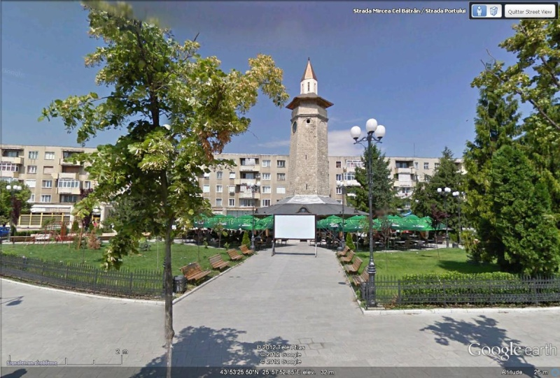 [Roumanie] - Une trace de l'occupation turque : la tour de l'horloge à Giurgiu Tour_h10