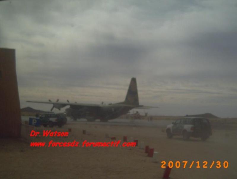 طائرة النقل سى-130 هرقل  CC-130 Hercules C-130010