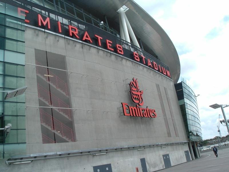 Stades vus de l'extérieur - Page 6 Dscf1211
