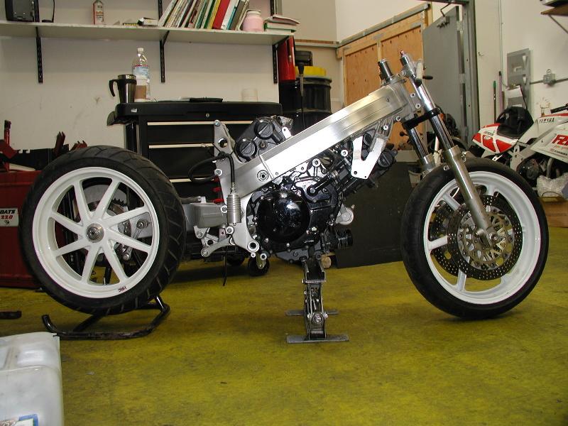 SV 650 Rider Club. Suzuki 650 sv, carbu et injection  22133610