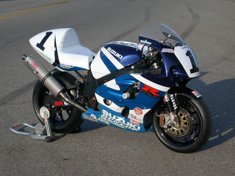 Suzuki 750/ 600 SRAD - Page 5 Gsxr7510
