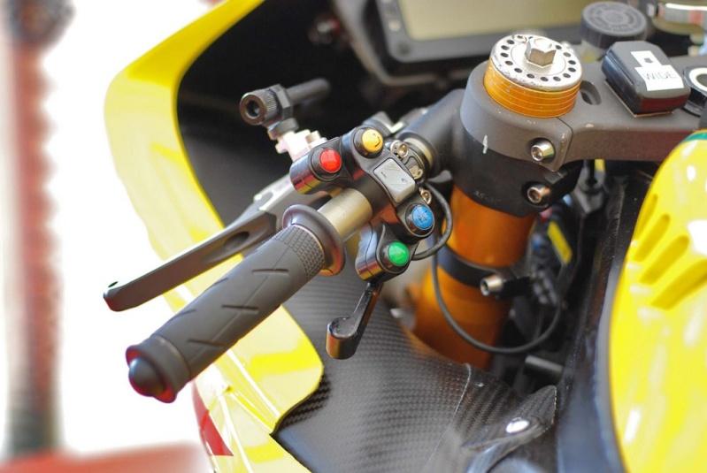 Yamaha R1 Crossplane - Page 38 R1_20116