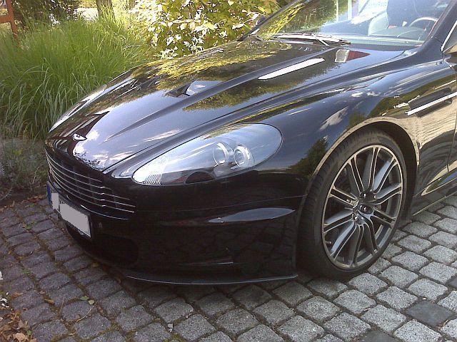 Aston Martin DBS - Carbon Edition 440
