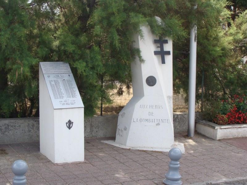 [Histoires et Histoire] Monuments aux morts originaux Français Tome 1 - Page 4 005_8011