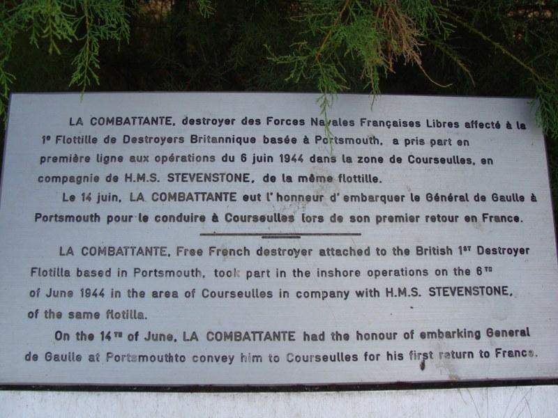 [Histoires et Histoire] Monuments aux morts originaux Français Tome 1 - Page 4 009_8010