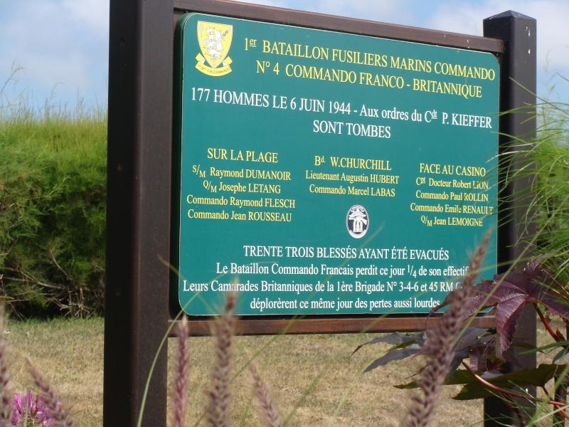[Histoires et Histoire] Monuments aux morts originaux Français Tome 1 - Page 4 08310