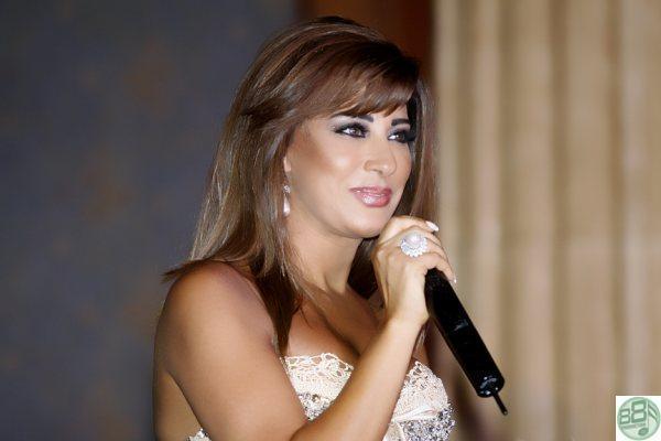 اطـلالــــة المـلكــة نجـوى كــرم في عام 2010 Najwaa10