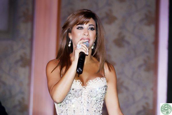 حفل فندق الحبتور 2010 Najwaa13