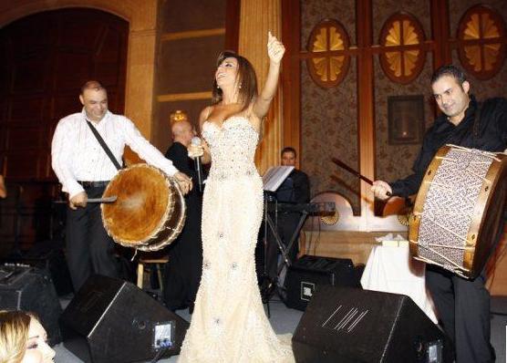 حفل فندق الحبتور 2010 Najwaa17