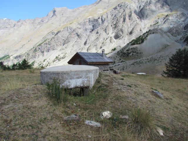 bunker dans l'ubaye 15 Aout Lac_de14