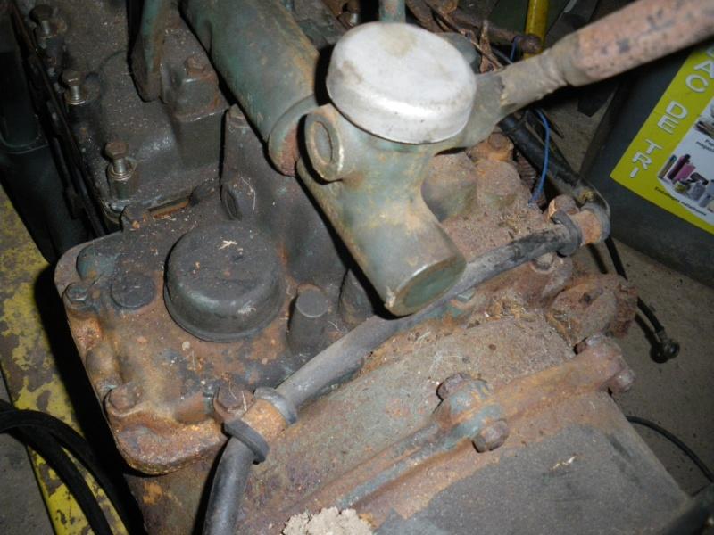 U421 ou U406 - Boite G - couvercle de sélection - patte trop courte 2011-010