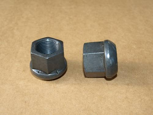 écrous de roues - plat+rondelle, et les normaux, quelle différence ? Vis_ro10