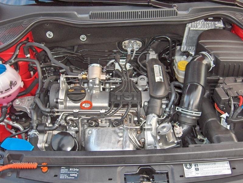 Polo V Sportline 5 portes TSI 105 ch BVM6 - Page 2 Hpim0934