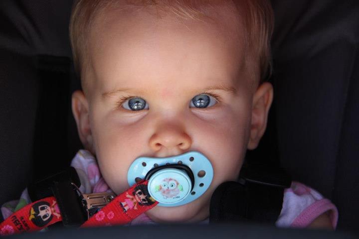 Les yeux de bébé - Page 4 Yeuxbl10