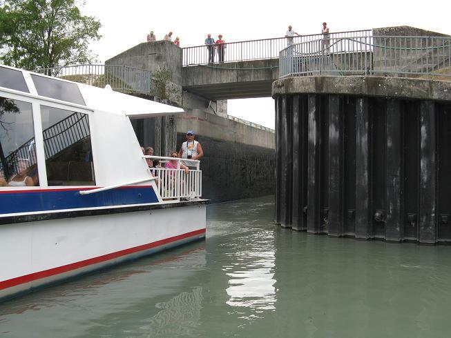 Promenade en bateau sur le lac du bourget (73) 05310