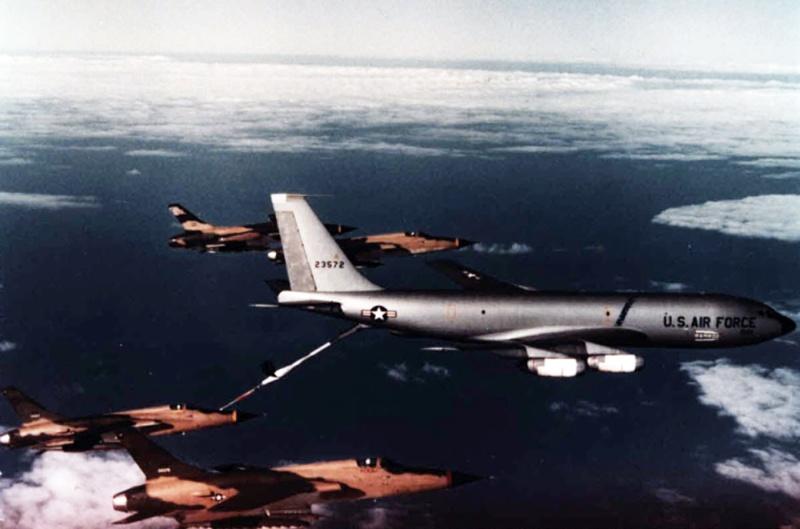 Heller (AMT) KC-135A 09050110
