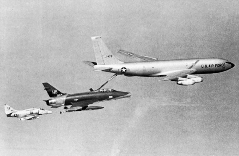 Heller (AMT) KC-135A Kc-13510