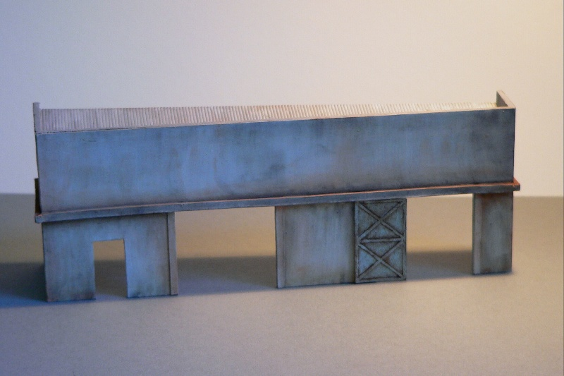 Reliefgebäude einer Lagerhalle in 1:87 Lagerh11