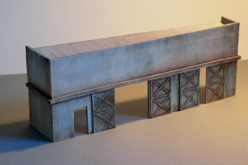 Reliefgebäude einer Lagerhalle in 1:87 Lagerh12