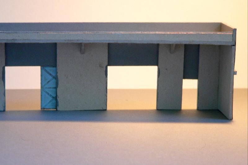 Reliefgebäude einer Lagerhalle in 1:87 Lagerh13