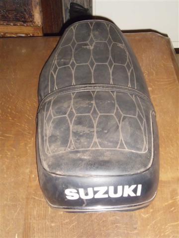 selle de suzuki 2ieme Dsci0015
