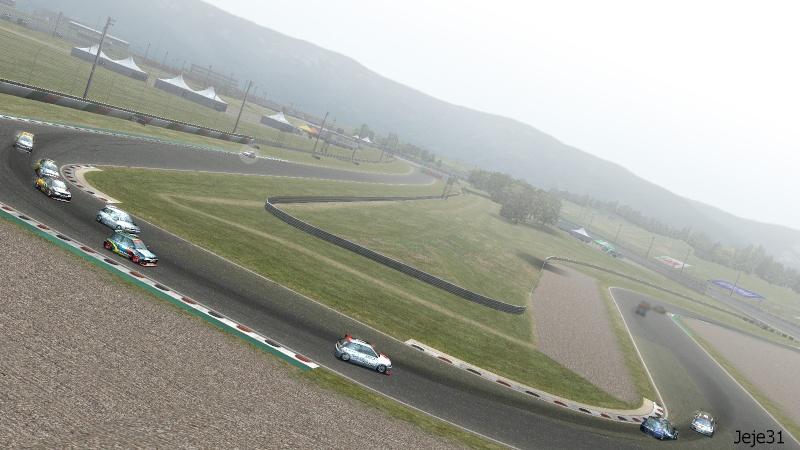 Petit montage photo de la course de la XF GTR CUP Xf_gtr11