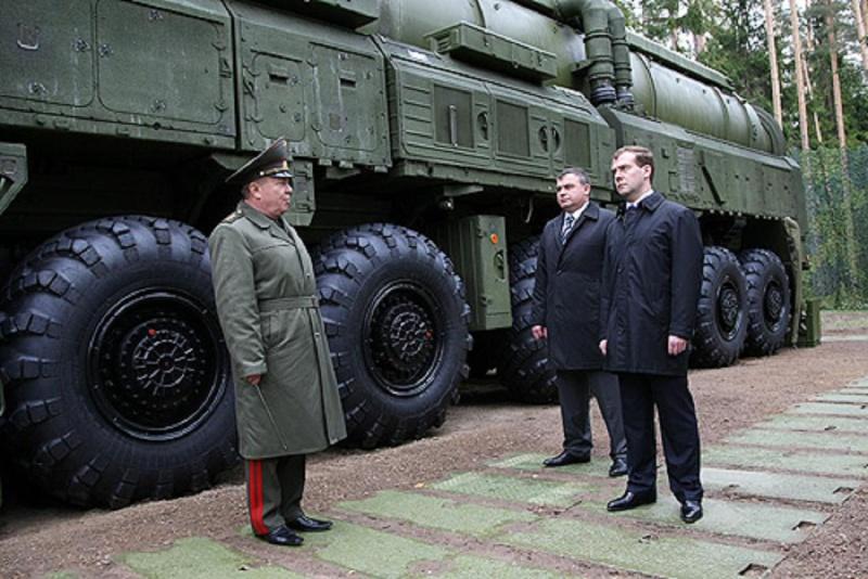 Photos de l'armée russe - Page 2 Dmitry11
