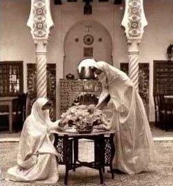 Tradition et beauté Algérienne Haik10