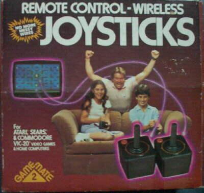 Consoles étranges , Machines méconnues ou jamais vues , du proto ou de l'info mais le tout en Photos - Page 4 Atari-11