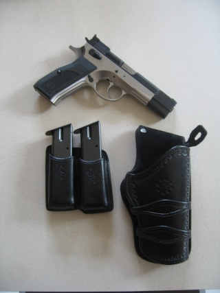 """Des HOLSTERS """"WILD BUNCH"""" by SLYE 0110"""