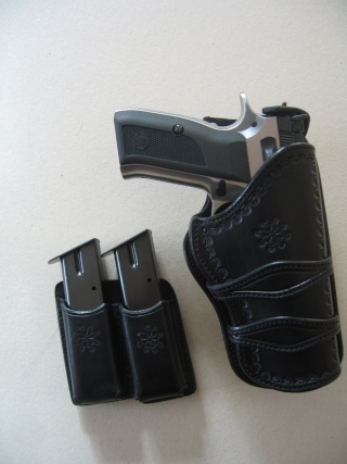 "Des HOLSTERS ""WILD BUNCH"" by SLYE 0210"