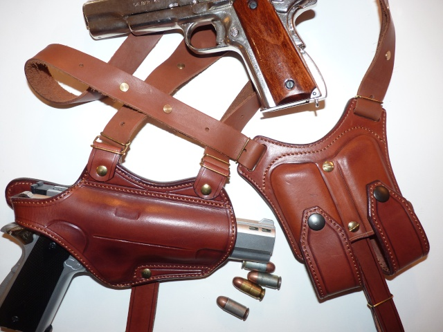 "Des HOLSTERS ""WILD BUNCH"" by SLYE P1010431"