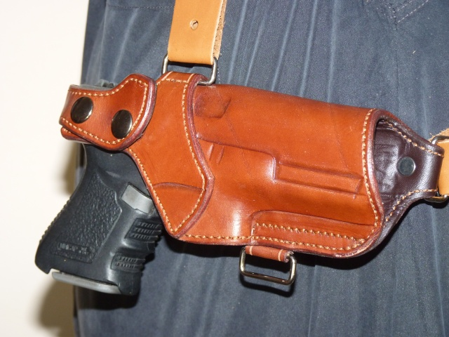 "Des HOLSTERS ""WILD BUNCH"" by SLYE P1030910"