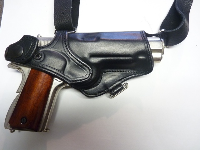 """Des HOLSTERS """"WILD BUNCH"""" by SLYE P1090515"""