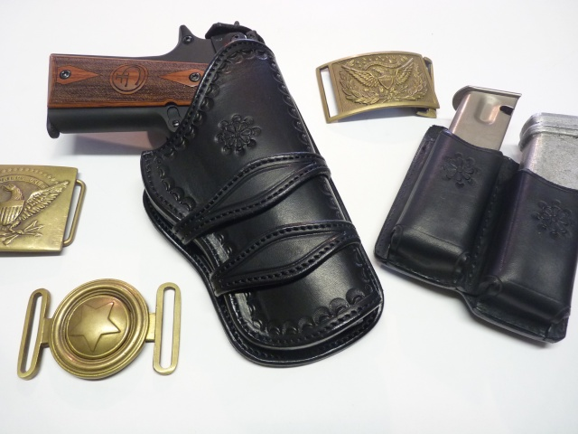 "Des HOLSTERS ""WILD BUNCH"" by SLYE P1100237"