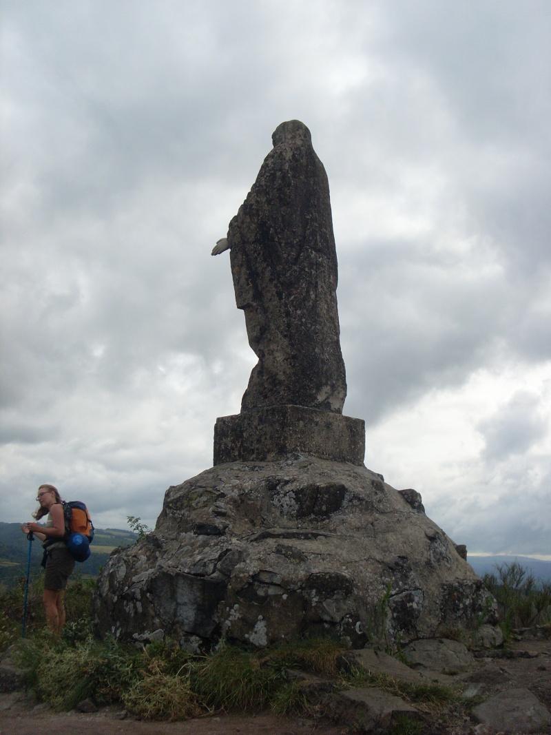 Taug  Hauv Paus Xa Lus Yas Kos txoj KEV  ( LEEJ NTSHIAB YAS KOS TUS HLOB), Route de St.Jacques de Compostelle - Page 3 Peleri36